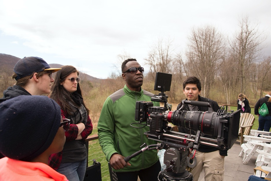 The Mason Film Lab is an opportunity for FAVS students to gain experience on location, working with a large-scale crew and set.
